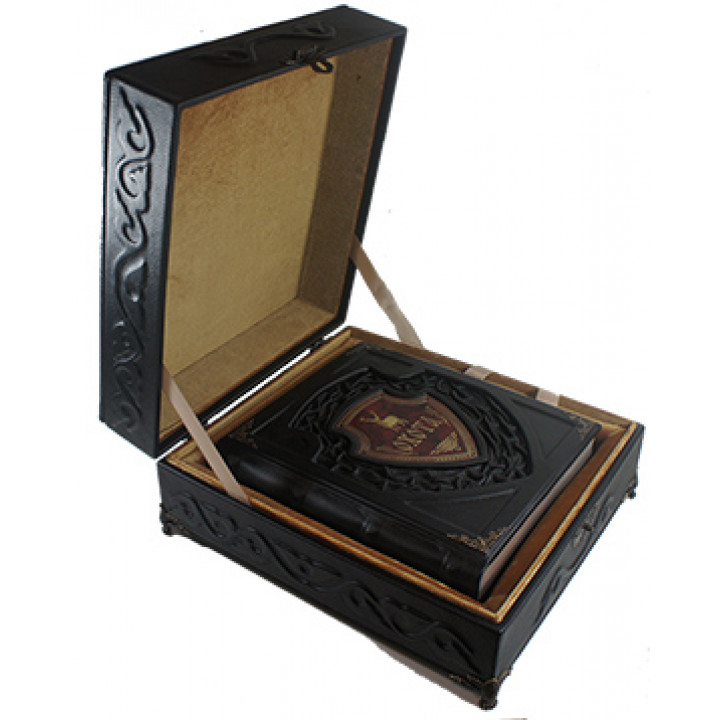 Подарочная книга «Русская охота» в подарочной коробке,ручной работы в кожаном переплёте